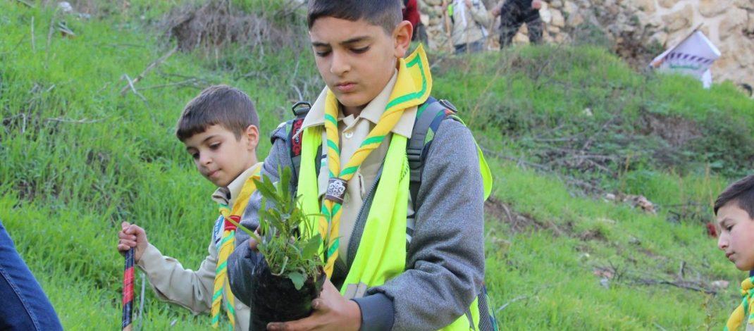 مجموعة خليل الرحمن الكشفية تستقبل يوم الشجرة بغرس الاشجار في بتير
