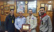 مجموعة عائدون الكشفية تكرم مدير شرطة دورا