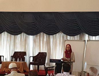 عسقلان تشارك في المؤتمر العلمي العالمي مستقبل التعليم التحديات التي تواجه الطرق التقليدية والحديثة في التعليم في كوالاللمبور